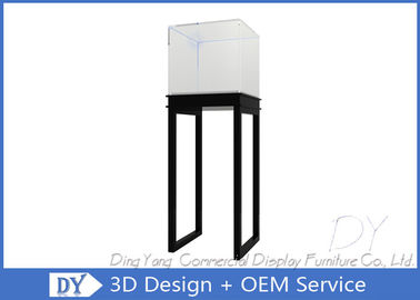 China S / S Glass Jewelry Display Case / Free Standing Jewelry Tower Showcase factory