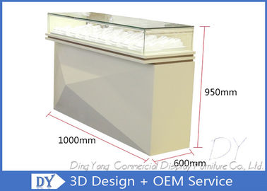 China OEM Pre Assemble Jewelry Store Showcases / Watch Display Showcase Counter factory