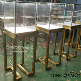 Lockable 450X450X1350MM Jewelry Store Display Cases