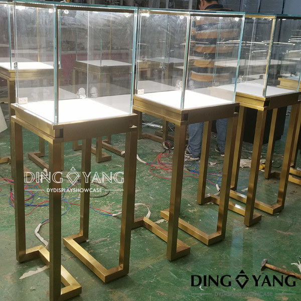 Lockable 450X450X1350MM Store Jewelry Display Cases supplier